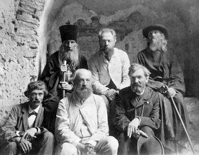 Члени експедиції.jpg